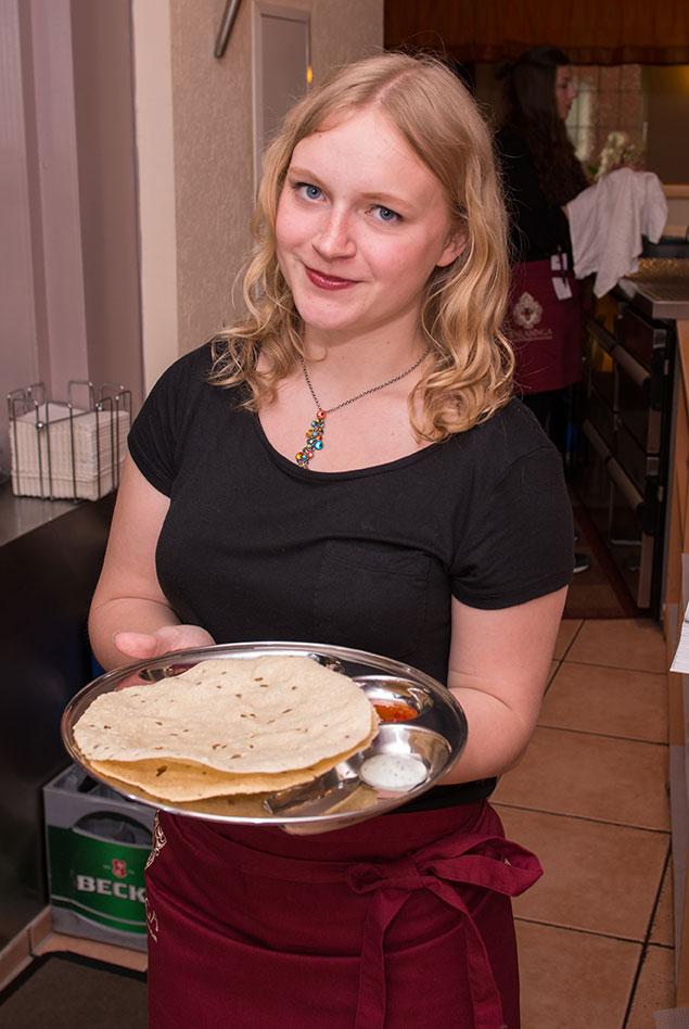 Restaurant Natasinga Servicekraft Jana